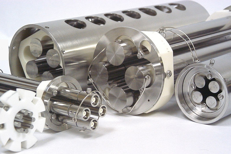 Henniker Scientific Hexapole and Octopole Ion Guides